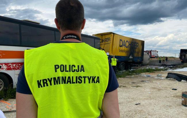 У Польщі сталася ДТП за участю автобуса, серед постраждалих українці