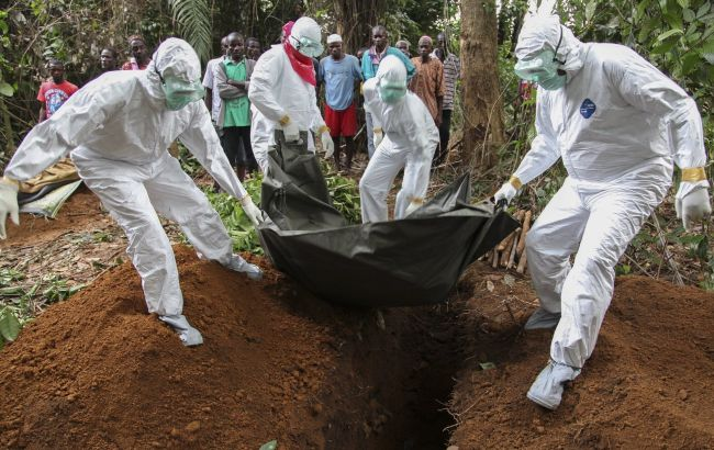 Кількість жертв Еболи перевищила 10 тис. осіб, - ВООЗ