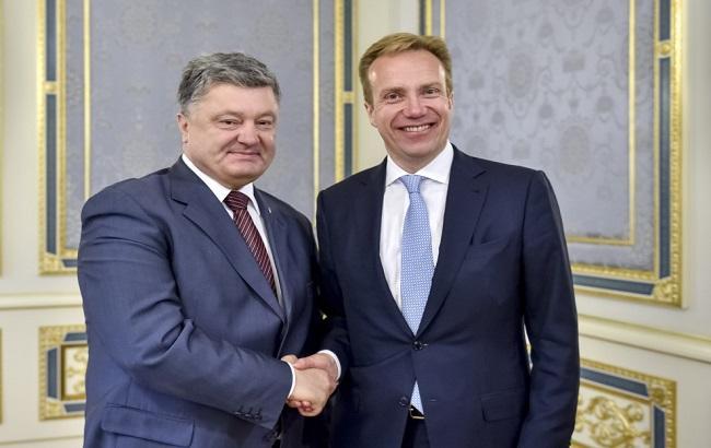 Фото: Петро Порошенко і Бьорге Бренде
