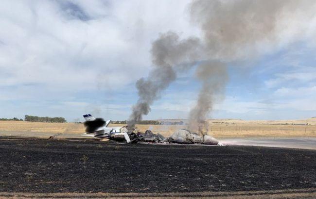 У Каліфорнії пасажирський літак загорівся при зльоті