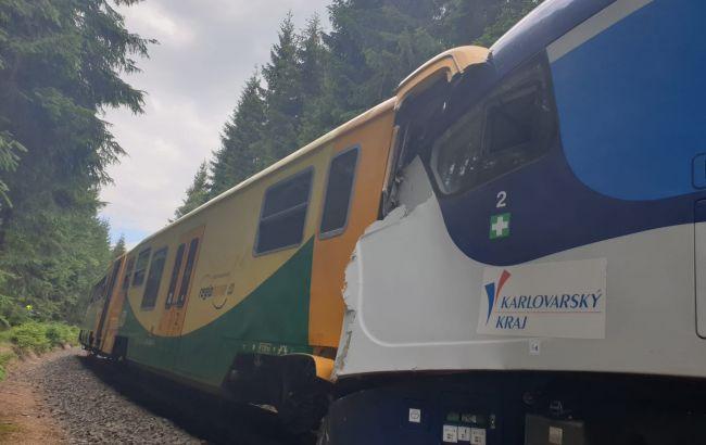В Чехии столкнулись два поезда, есть погибшие и десятки раненых