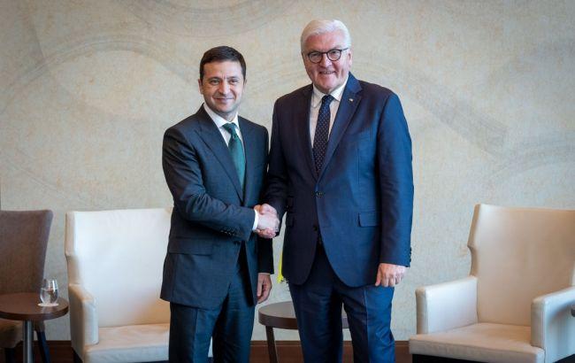Зеленський обговорив зі Штайнмайером ситуацію на Донбасі