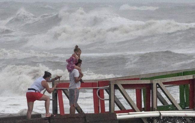 """Мощный ураган """"Ханна""""обрушился на побережья Техаса"""