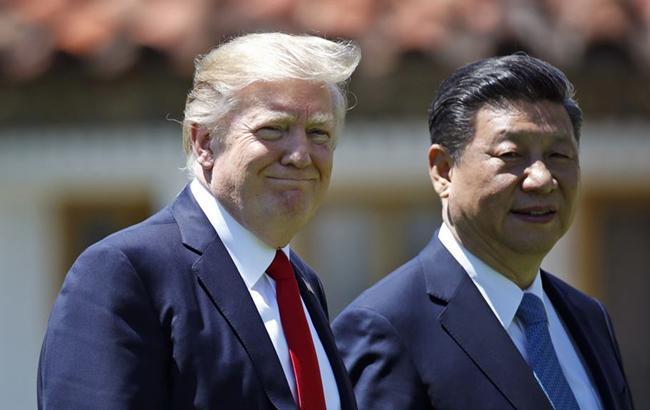 Фото: Дональд Трамп и Си Цзиньпин (editorials.voa.gov)