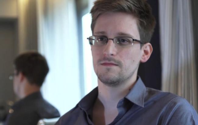 """Фото: """"Вопрос Сноудена"""" не является предметом обсуждения между властями России и США"""