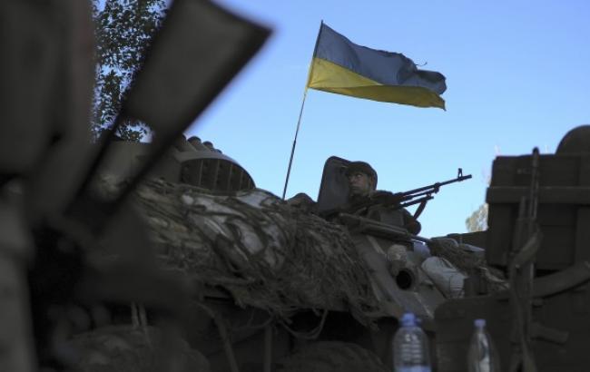 В зоні АТО за добу загинули 4 і поранено 10 українських військових, - штаб