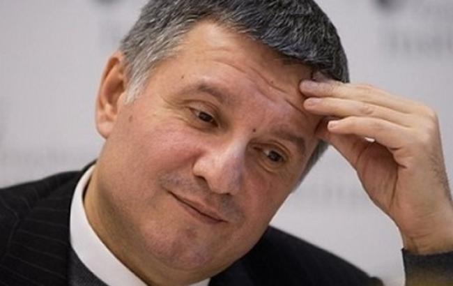 В Киеве обнаружен склад незаконной предвыборной агитпродукции в объеме минимум 2,5 млн экземпляров, - МВД