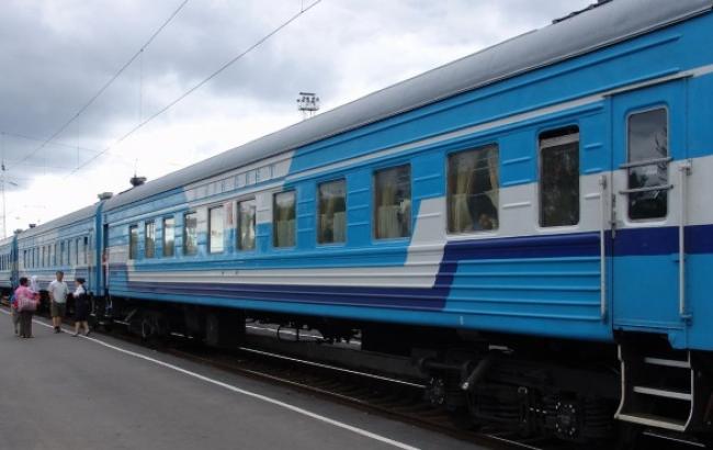 """""""Укрзалізниця"""" обмежила маршрут трьох потягів до """"Ясинуватої"""" станцією """"Костянтинівка"""""""