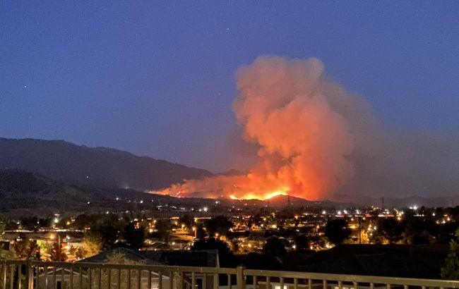 В Калифорнии из-за масштабного лесного пожара эвакуировали почти 8 тысяч человек