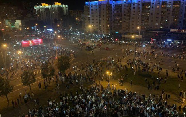МВС Білорусі проводить екстрене засідання у зв'язку з протестами