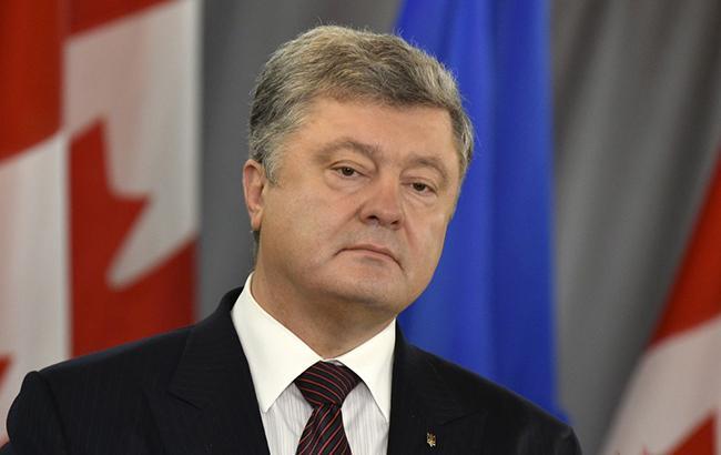 Порошенко закликав посилити тиск на РФ для припинення переслідування українців у Криму