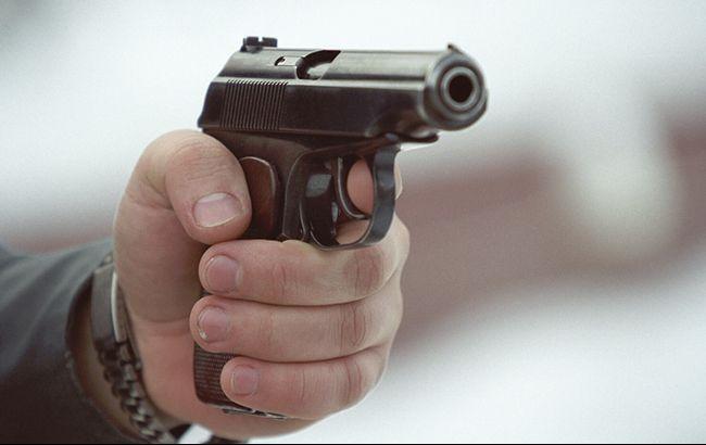 Фото: чоловік стріляв із травматичної зброї (forum.guns)