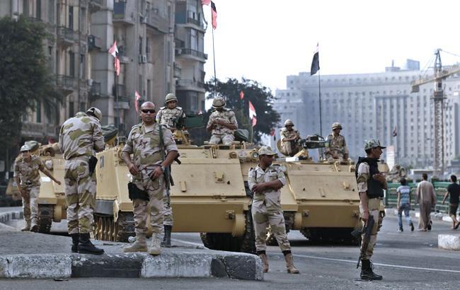 У Єгипті біля військового КПП вибухнула машина, є загиблі