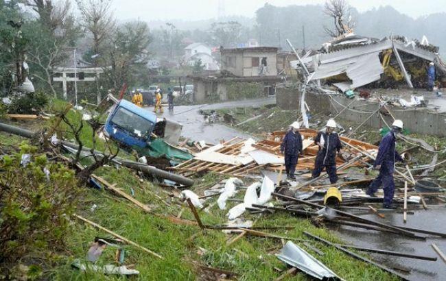 На Японію обрушився потужний тайфун, є жертви