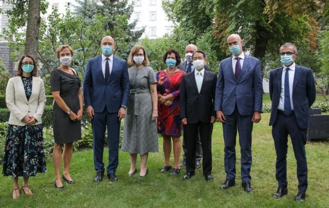 Шмыгаль и послы G7 обсудили местные выборы в Украине