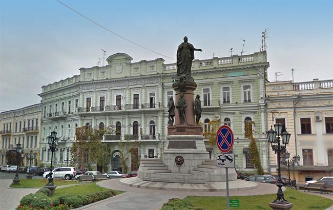 Фото: Памятник в Одессе (maps.google.com)