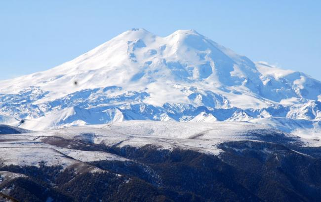 Фото: Гора Эльбрус (tanci-kavkaza.ru)