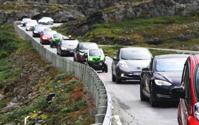 Пошикували і досить: Норвегія може ввести податок на електромобілі