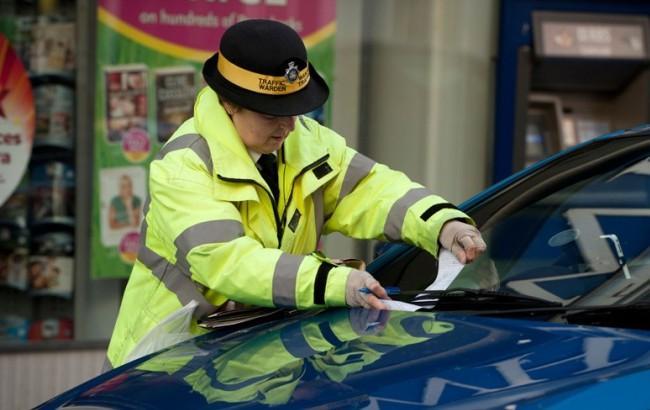 Фото: Искуственный интеллект помог автомобилистам избежать оплаты 160 тысяч штрафов за парковку (telegraph.co.uk)
