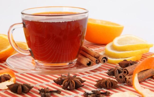 Фото: Чай з корицею та бадьяном (elitefon.ru)