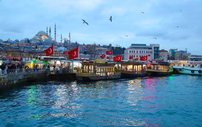 Старые кварталы и парки: в Стамбуле туристов решили удивить необычным маршрутом