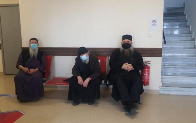 Монахов на Афоне начали вакцинировать от коронавируса