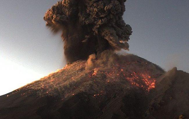 У Мексиці сталося виверження найактивнішого вулкана