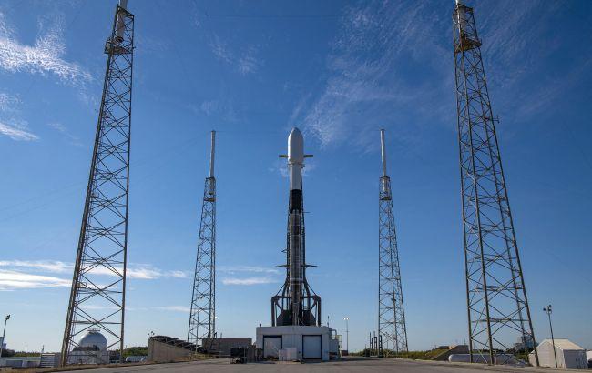 Запуск ракети Falcon 9 відклали на добу через погодні умови