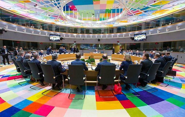 Евросоюз наказал пять членов ЦИК Крыма завыборы президентаРФ