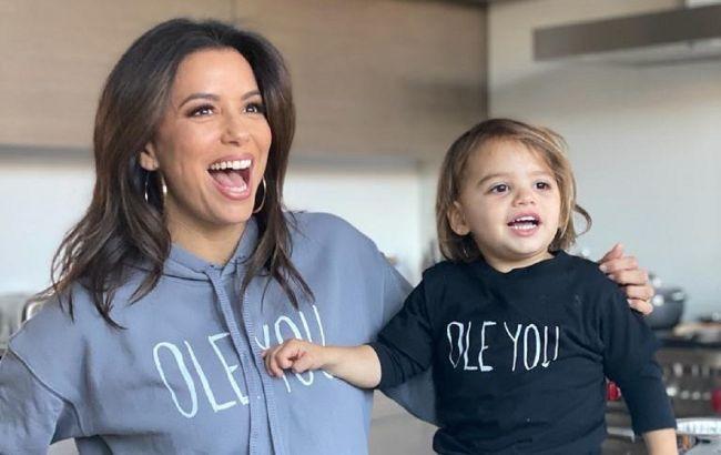 Одинаково хорошенькие: Ева Лонгория растрогала схожестью с 2-летним сыном