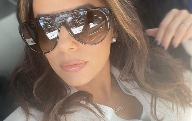 Соблазнительный total black: 45-летняя Ева Лонгория восхитила точеной фигурой в стильном образе