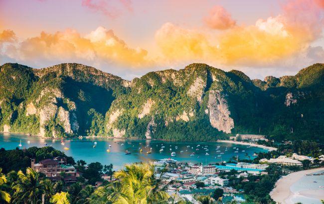 Популярна курортна країна вводить збори для туристів. Скільки доведеться доплатити