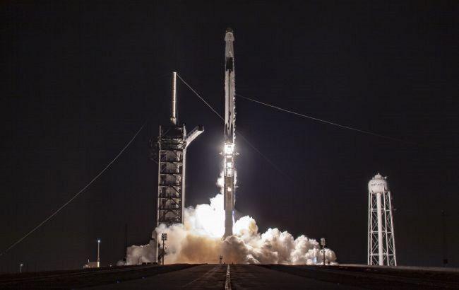 SpaceX сьогодні запустить ракету з інтернет-супутниками: де можна подивитися