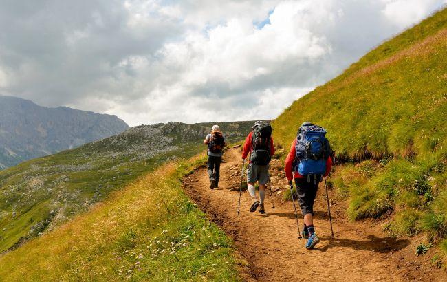 Застряли в горах, застала непогода: что делать туристам во время опасности