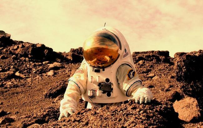 Фото: Людина на Марсі (доморощені.co.in)