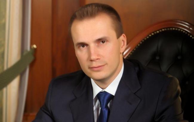 Окружение Януковича словили наснятии 100 млн сосчетов