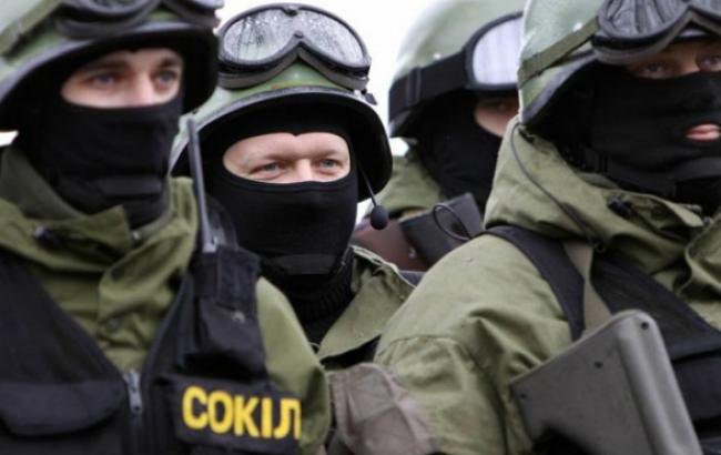 Міліція затримала 3 підозрюваних в нічному інциденті в Києві, - Геращенко