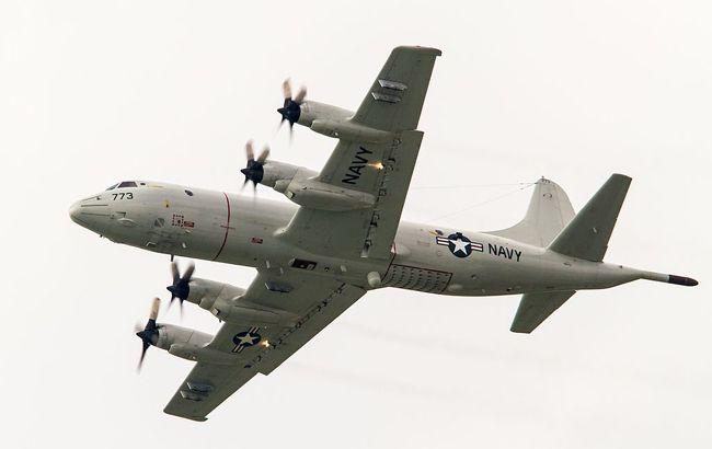 Літак США Orion патрулює окупований Крим