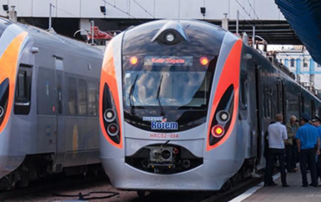 Маршрут поїзда Інтерсіті+ Київ-Дніпропетровськ з 28 листопада буде продовжено до Красноармійська