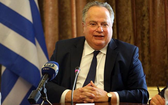 Глава МЗС Греції подав у відставку