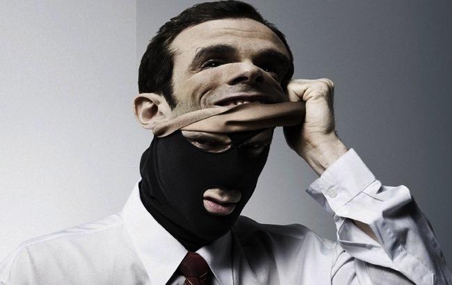 Фото: Преступник продавал должности (rigma.info)