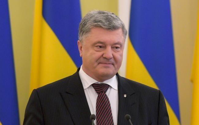 Україна повинна зміцнювати міжнародний режим деокупації Криму, - Порошенко