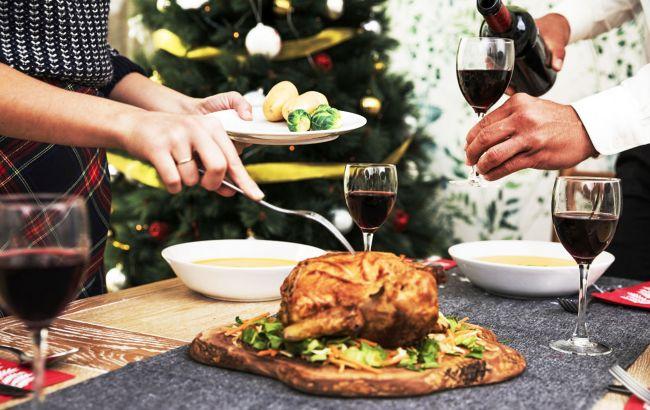 Как не переесть за праздничным столом: простой совет для новогоднего застолья