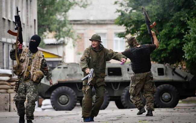 Боевики ДНР и ЛНР требуют переподчинения себе подразделений ГосЧС в зоне АТО
