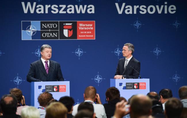 Фото: Петро Порошенко розповів про плани щодо Альянсу