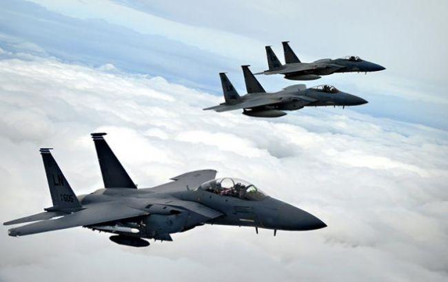 Фото: американские истребители F-15