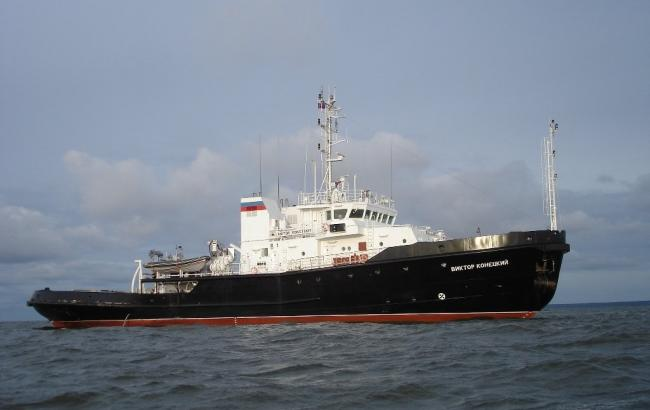 У границ Латвии зафиксировали подлодку и буксирное судно РФ
