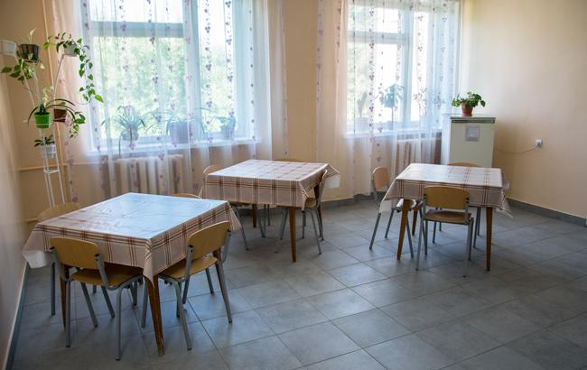 Ілюстративне фото: лікарня (facebook.com/desnaukr)