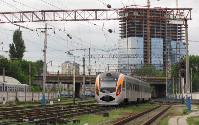 УЗ сократила число поездов для эвакуации украинцев из Польши