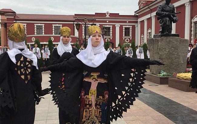 В Кривом Роге 9 мая ветеранам спели песню, посвященную россиянам в Сирии (видео)
